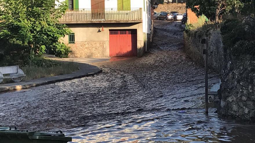 Valverde Vera presa inundación
