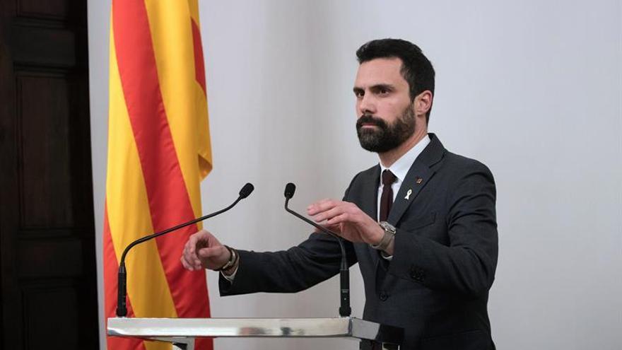 Torrent reunirá a los presidentes de los grupos parlamentarios antes del pleno