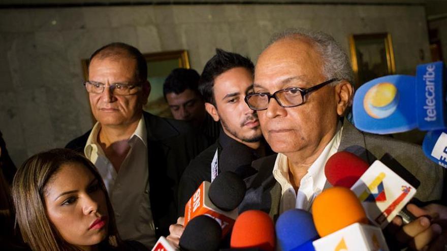 La oposición venezolana pide al Poder Electoral activar la nueva fase del revocatorio