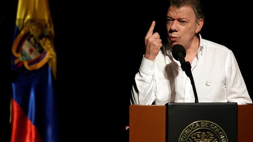 Odebrecht entregó dinero a campaña de Santos en 2010, según medios locales