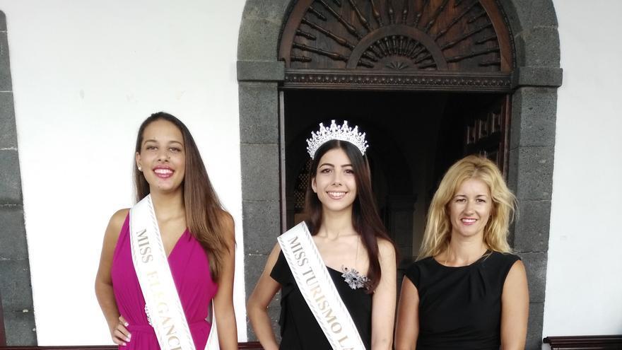 Recepción de Miss Turismo y Miss Elegancia.