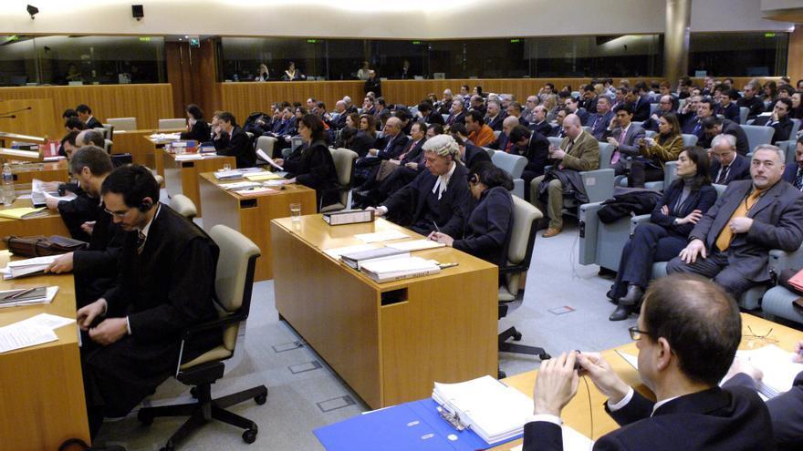 El Tribunal de Justicia de la UE exige devolver los gastos de hipotecas con cláusula abusiva