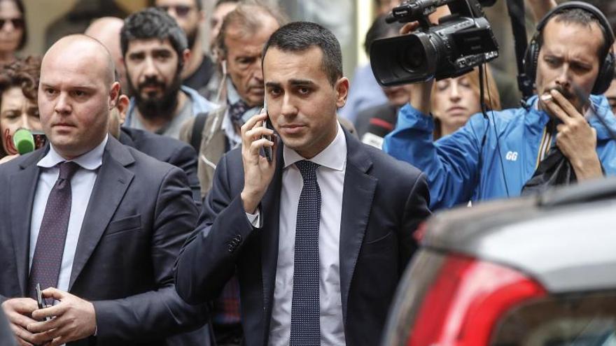 El M5S confía en cerrar hoy con la Liga el programa político para Italia