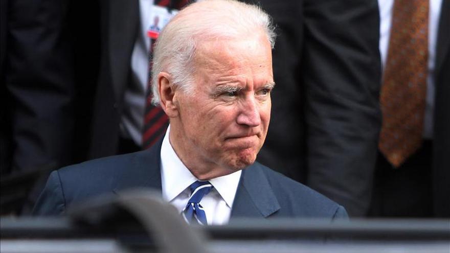 Biden se reúne hoy con el ministro de Asuntos Exteriores de Ucrania