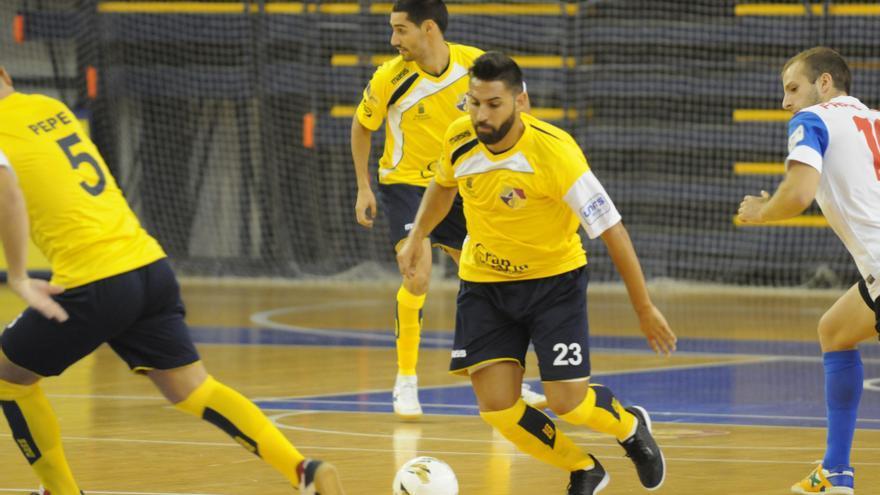 El jugador del Gran Canaria FS, Víctor Manuel Cachón durante un encuentro. (imagen cedida por el Gran Canaria FS)