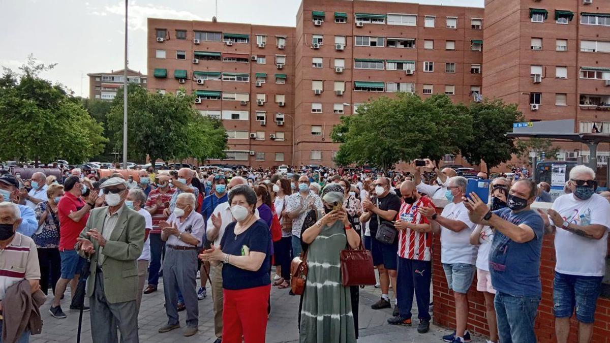 Concentración frente al Centro de Salud Los Ángeles de Villaverde