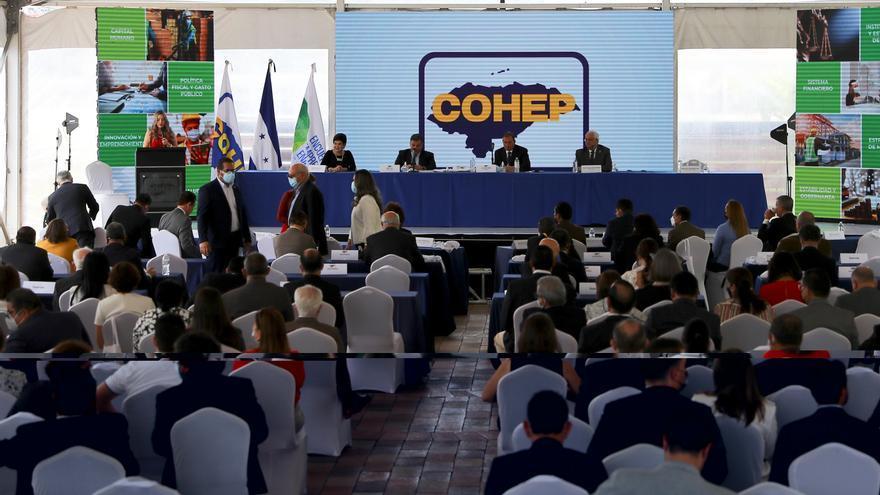 El sector privado de Honduras entrega una propuesta a los candidatos presidenciales