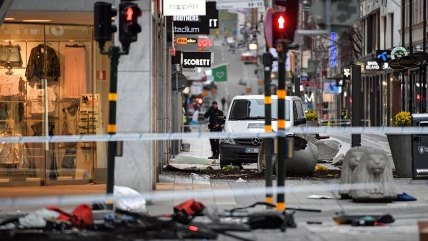 Hallan explosivos sin detonar en el camión del ataque de Estocolmo, según medios