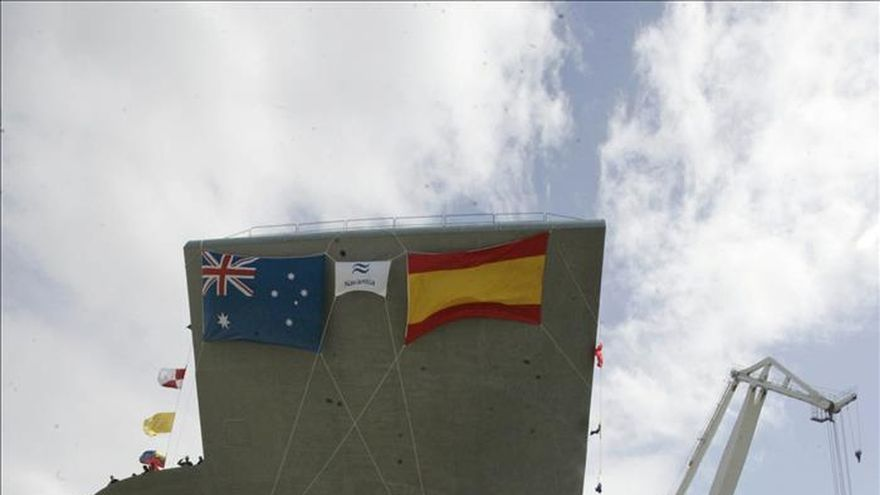 Navantia entrega el megabuque Adelaide a las autoridades australianas