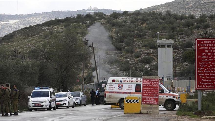Dos palestinos muertos tras apuñalar a un soldado israelí en Hebrón