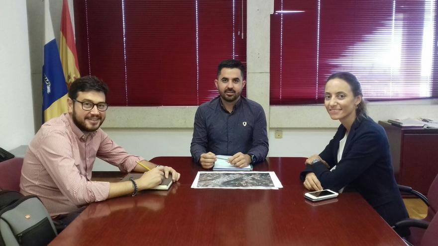 Reunión de Onás Cruz (d) y Jacob Qadri.