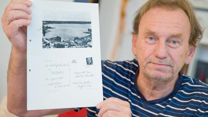 Llega a su destino 44 años después una postal interceptada por la Stasi