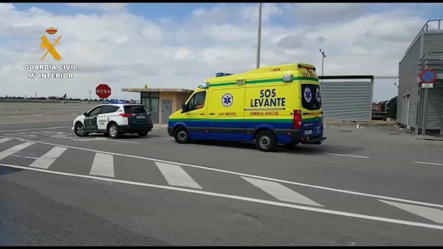 La Guardia Civil posibilita el embarque de una holandesa con coronavirus en un avión medicalizado