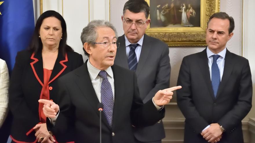 Ángel Luna, Síndic de Greuges, en una intervención en Les Corts Valencianes.