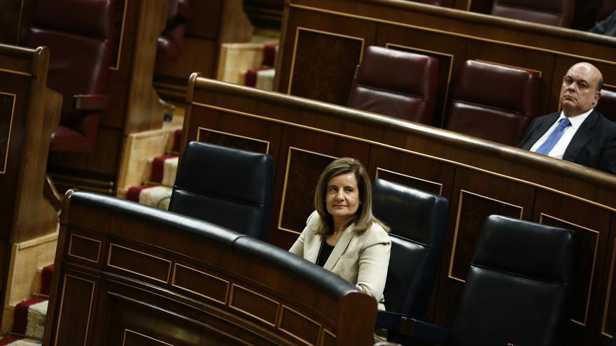 Báñez emplaza a los grupos a negociar la reforma de pensiones pero mantiene el plazo de fin de año