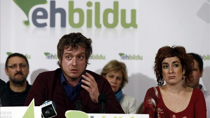 """Bildu exige elecciones en Navarra al considerar """"insostenible"""" la situación"""