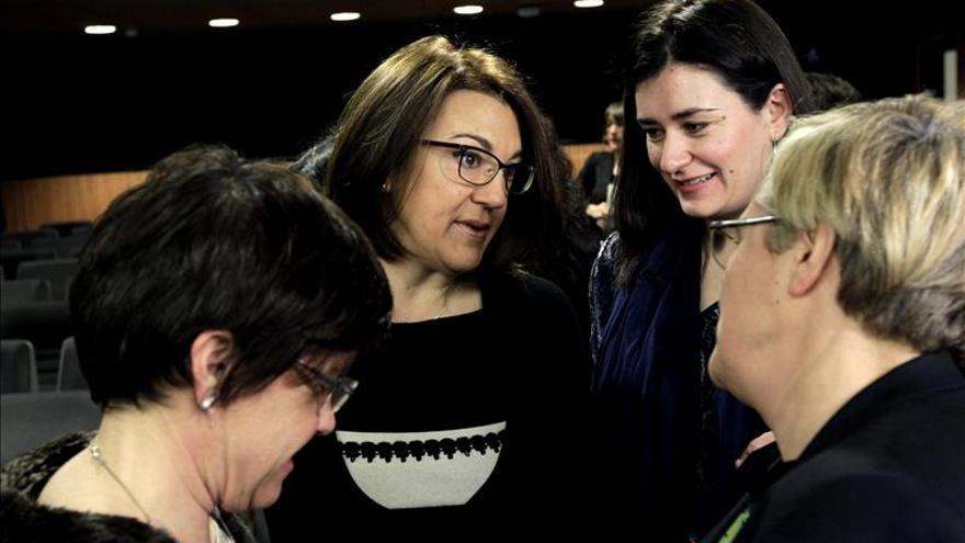Trasladan al Parlamento un pacto entre mujeres a favor de la ley del aborto