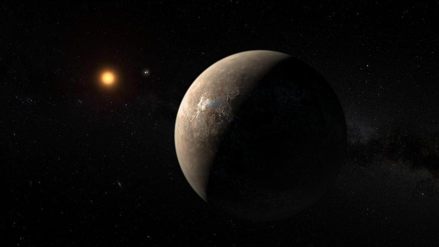 Concepción artística del planeta Próxima b, hallado en torno a la estrella Próxima Centauri. El sistema estelar doble Alfa Centauri AB aparece a la derecha de la estrella. Fuente: ESO/M. Kornmesser.