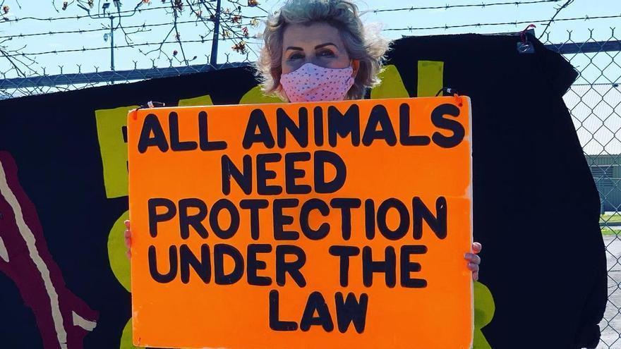 Una de las protestas en las que participaba Regan Russell