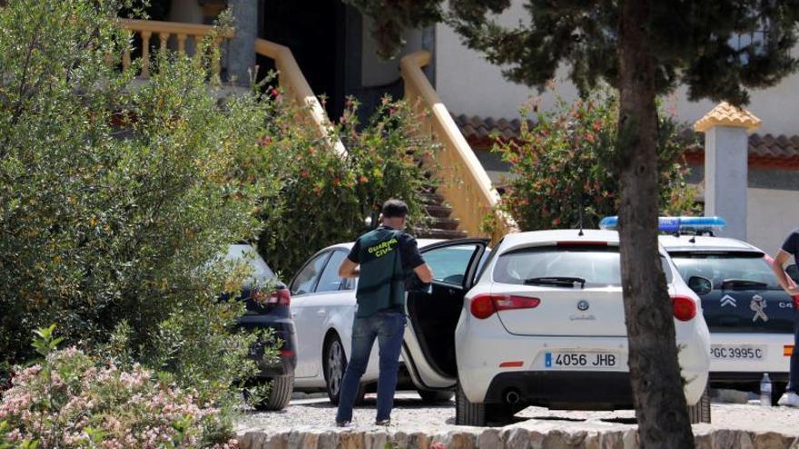 Encuentran a una pareja muerta en su casa por disparos de escopeta en Córdoba