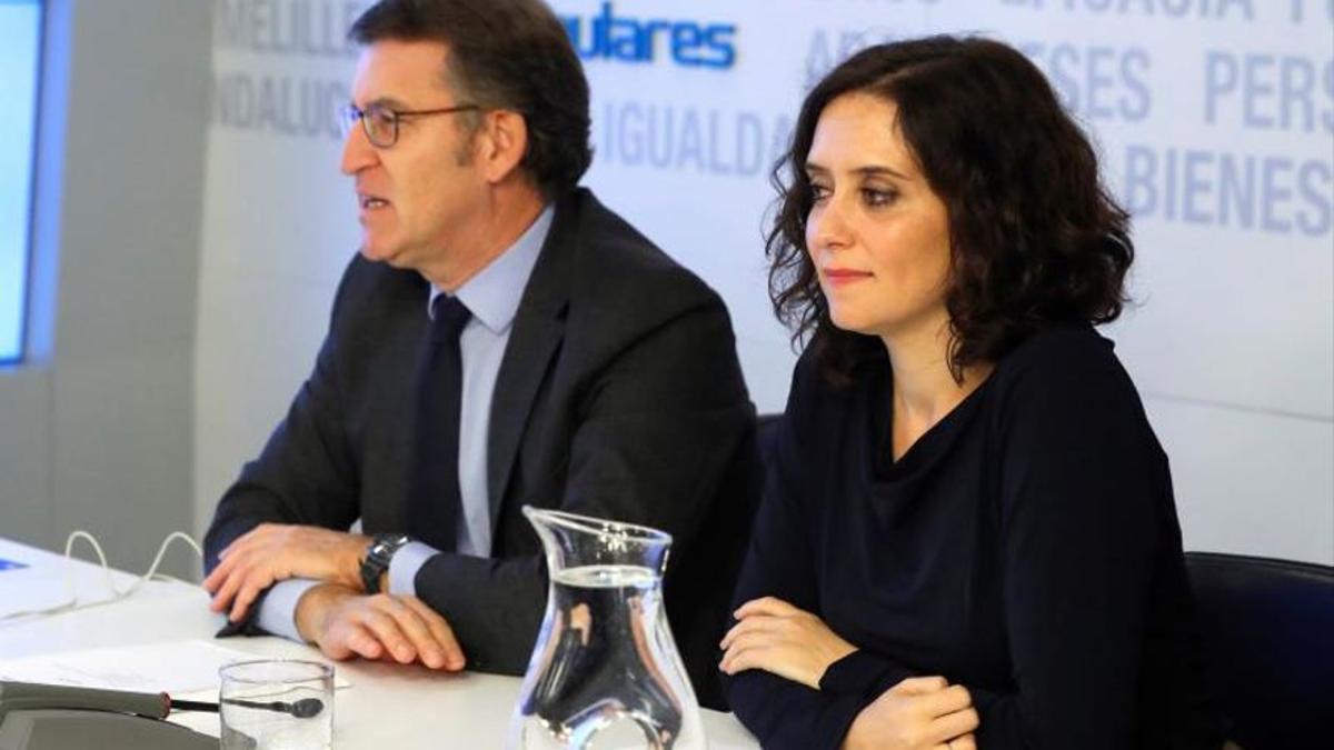Alberto Núñez Feijóo e Isabel Díaz Ayuso, en una imagen de archivo de un acto del Partido Popular
