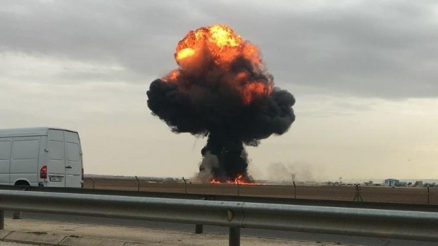 Imagen captada tras el accidente de un F-18 en la base área de Torrejón