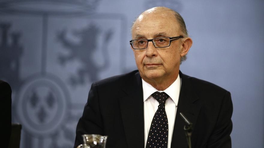 Manos Limpias pide a Montoro que publique la lista de quienes se acogieron a la amnistía fiscal