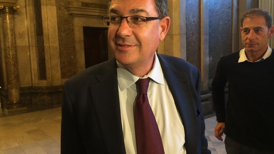 """El presidente de las Corts Valencianes critica la """"intromisión"""" del TC en parlamentos autonómicos"""