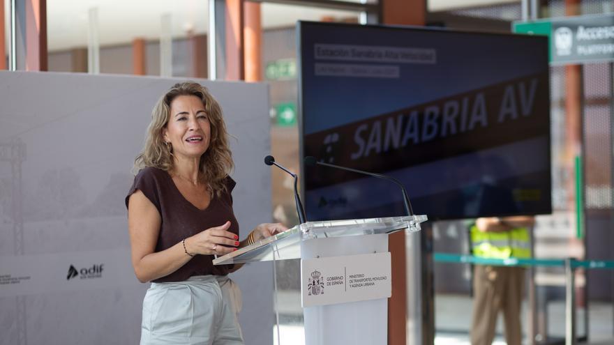 La ministra de Transportes, Movilidad y Agenda Urbana, Raquel Sánchez, durante el acto de puesta en funcionamiento de la nueva estación de Sanabria Alta Velocidad de la Línea de Alta Velocidad (LAV) Madrid-Galicia, a 21 de julio de 2021, en Otero de Sanab
