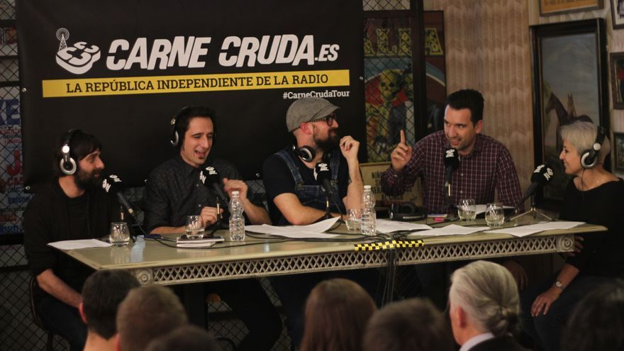 Debatuiter CarneCrudaTour