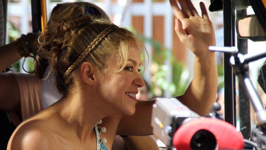 """Carlos Vives y Shakira estrenan vídeo de """"La Bicicleta"""""""