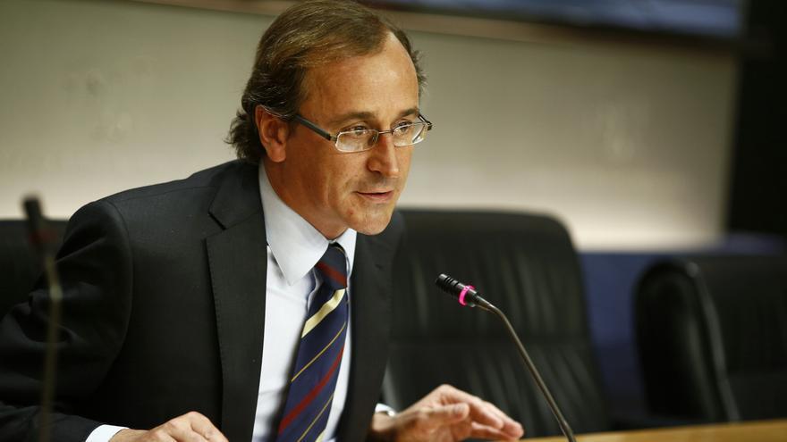 """Alfonso Alonso (PP) cree que Mas busca """"desesperadamente una salida como sea"""" porque está """"en un callejón sin salida"""""""
