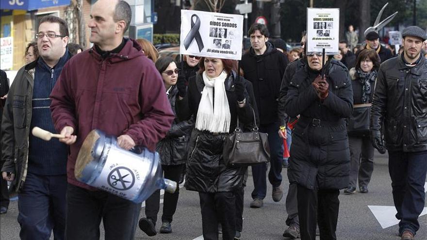 El Banco de España pide desvincular el IPC a sueldos y contención de precios