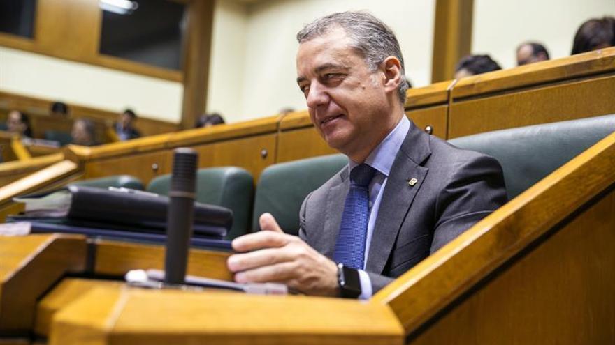 El Parlamento Vasco aprueba los presupuestos gracias a la abstención del PP