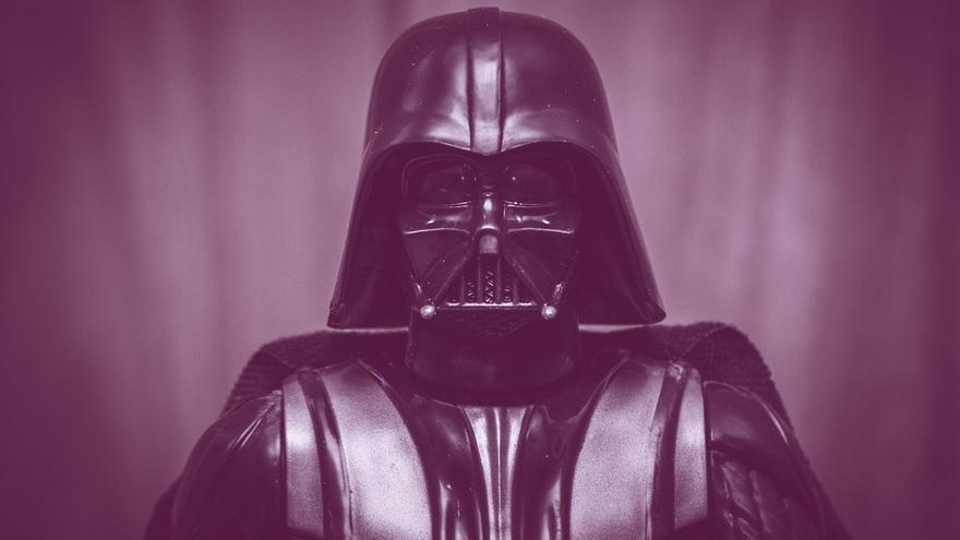 Detrás de esta máscara puede estar Pedro Tena de nuevo (Imagen: Pixabay)