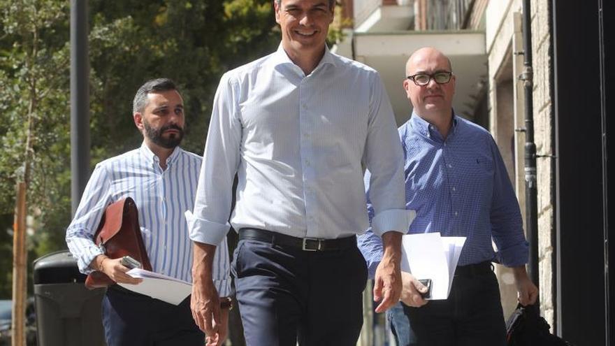 Sánchez retomará los contactos con los partidos políticos a finales de agosto
