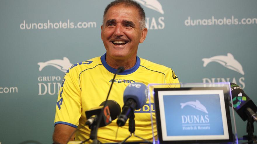 El entrenador de Las Palmas, Paco Herrera, en rueda de prensa. Udlaspalmas.es.