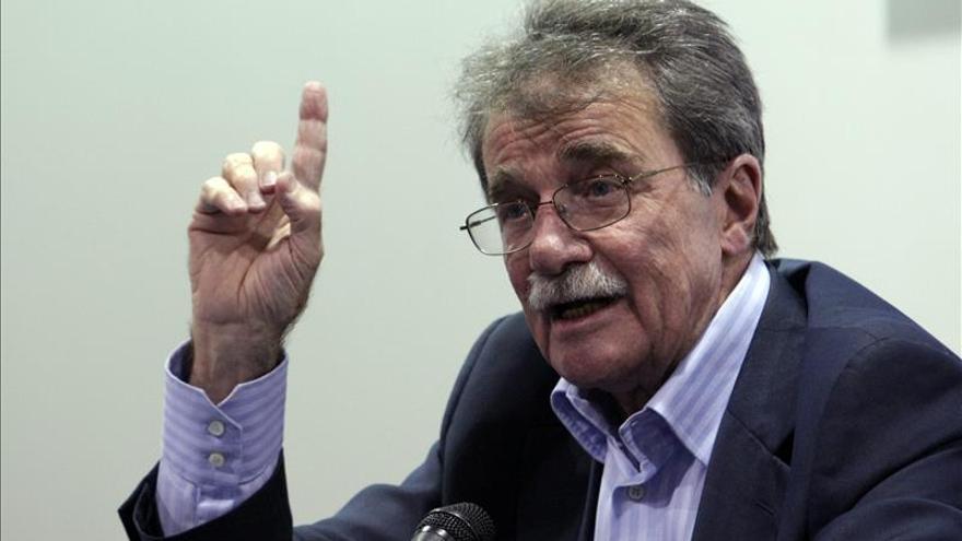 Petkoff dice que el Ortega y Gasset es un premio a toda la resistencia democrática