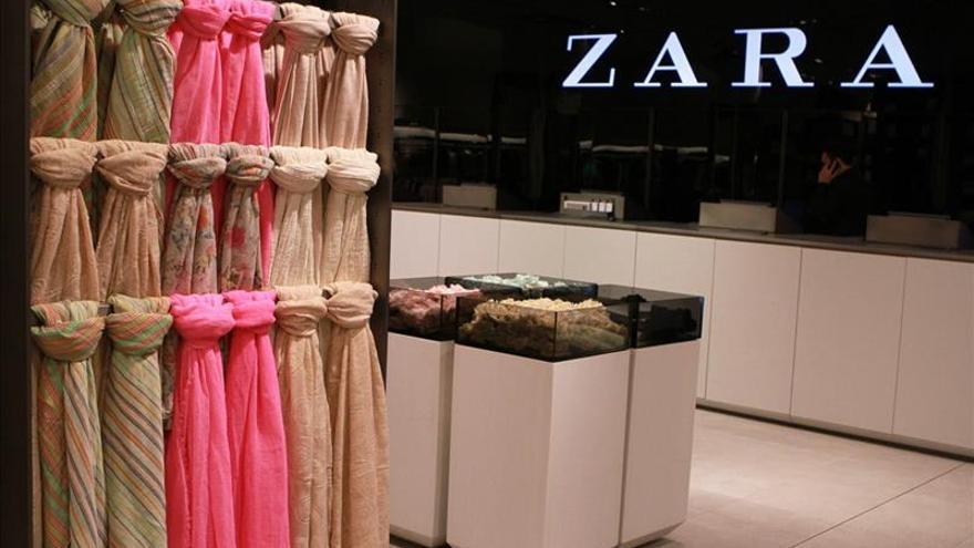 """Un exempleado demanda a Zara USA por """"discriminación"""" y pide 40 millones"""