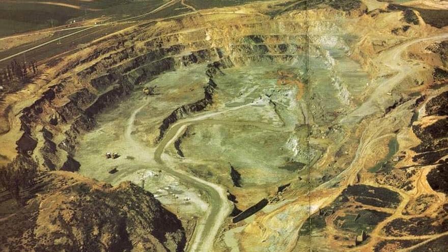El alcalde de Aznalcóllar apunta a principios de agosto como fecha de inicio de los sondeos en la mina