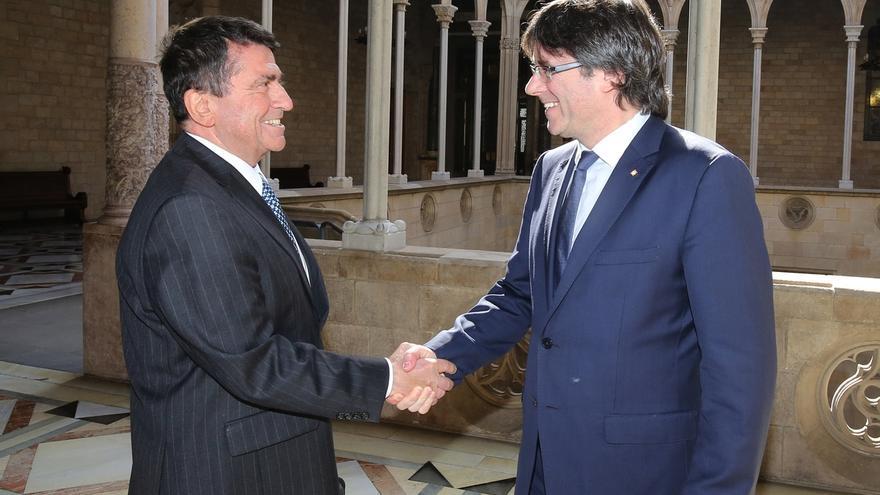 Puigdemont se reúne en la Generalitat con el embajador de Eslovenia en España