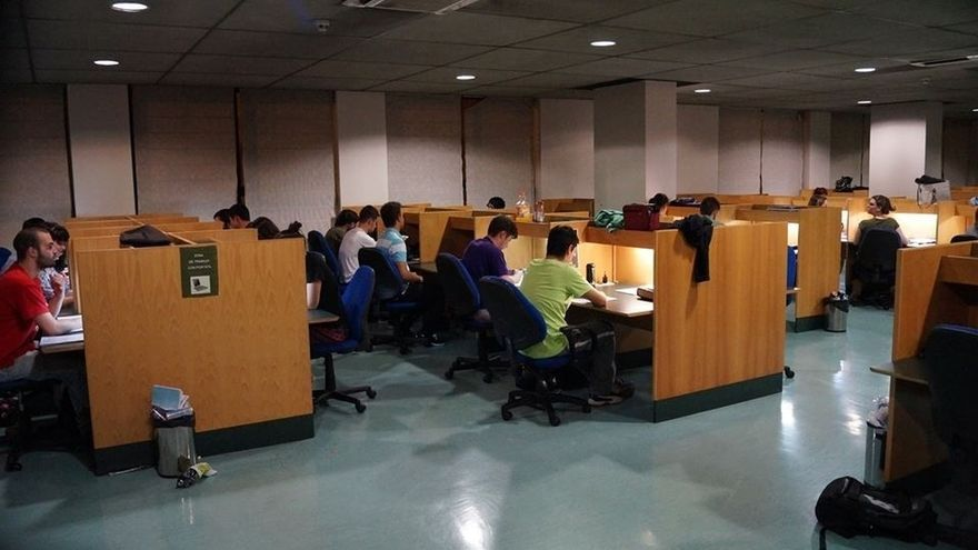 La UC ampliará el horario de la biblioteca del Paraninfo hasta las 02.45 de la madrugada en exámenes
