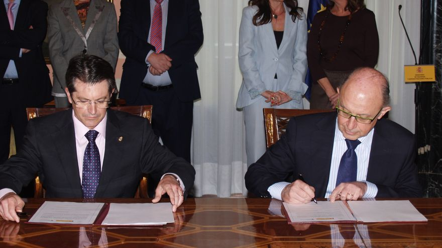 """Montoro manifiesta la """"máxima disposición"""" del Gobierno para recuperar a Lorca, que debe ser """"exponente de futuro"""""""