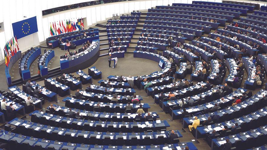 Por una uni n pol tica del euro for Immagini del parlamento