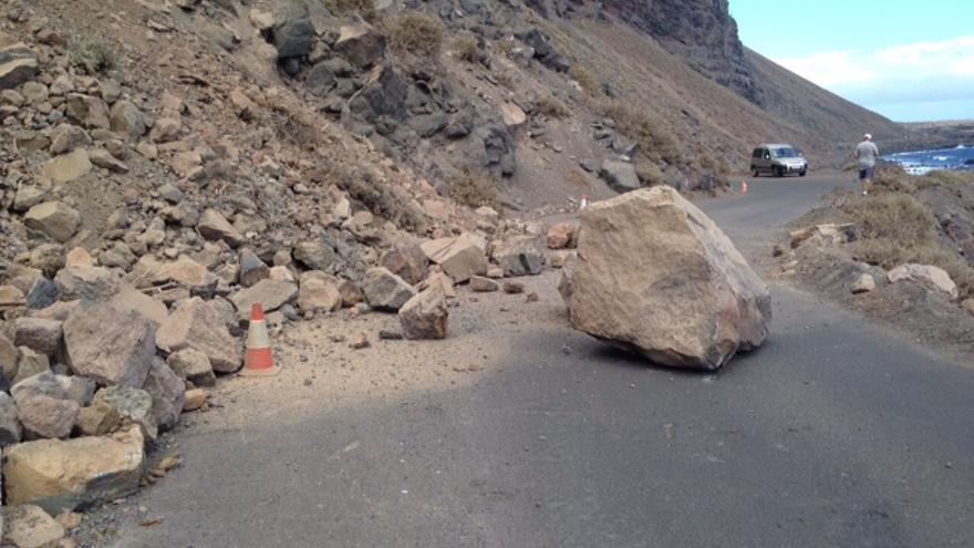 El Cabildo de El Hierro pide se ejecute de forma urgente un falso túnel en la costa de Sabinosa