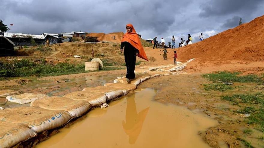 MSF detecta más de 2.500 casos de difteria en campos rohinyás en Bangladesh