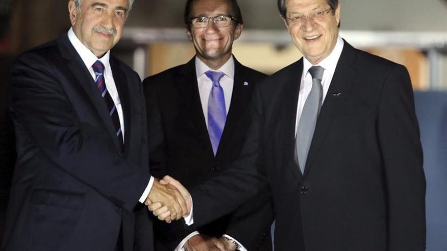 """El enviado de la ONU ve posible entrar en la """"fase final"""" hacia la solución del conflicto chipriota"""