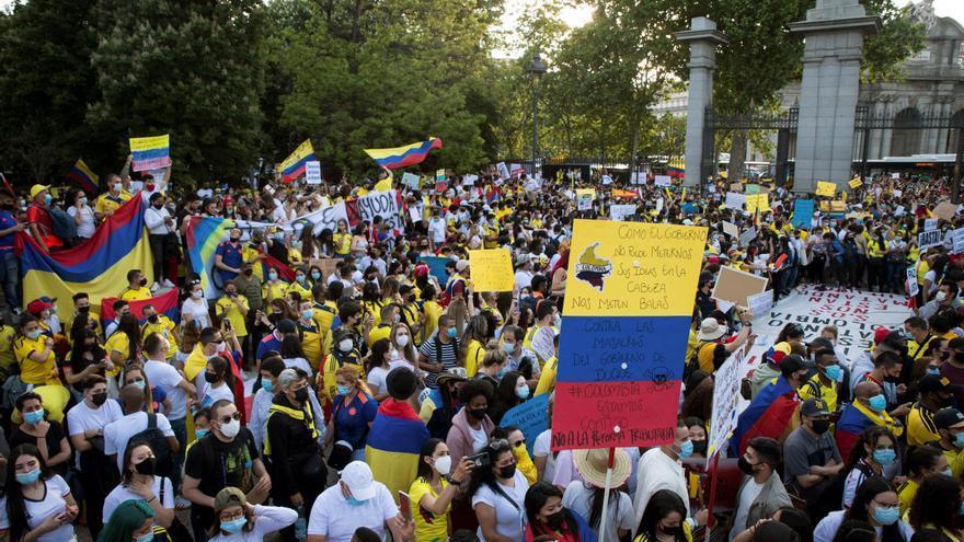 Miles de colombianos protestan en Madrid contra el gobierno de Iván Duque