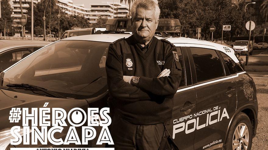 Antonio Valdivia, policía nacional | MADERO CUBERO