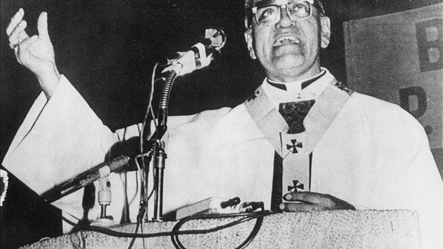"""Romero, """"la voz de los sin voz"""" de El Salvador, llega a los altares"""